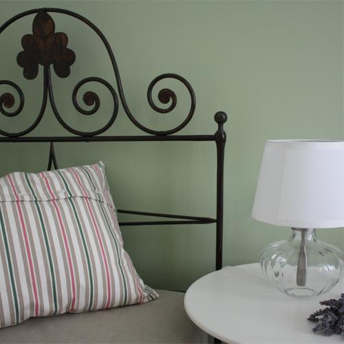 Camera verde pastello ispirazione di design per la casa - Mobili per bed and breakfast ...
